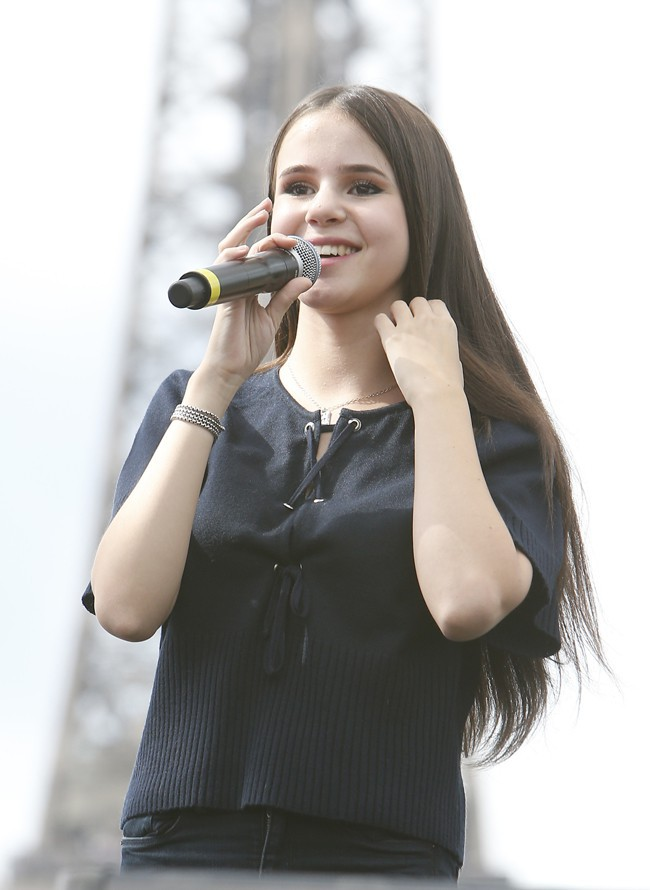 Marina Kaye en concert pour la Secours Populaire le 19 août 2015