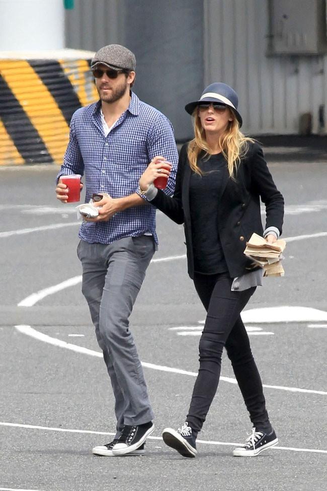 Blake Lively et Ryan Reynolds le 8 mai 2012 à Nanaimo, Canada