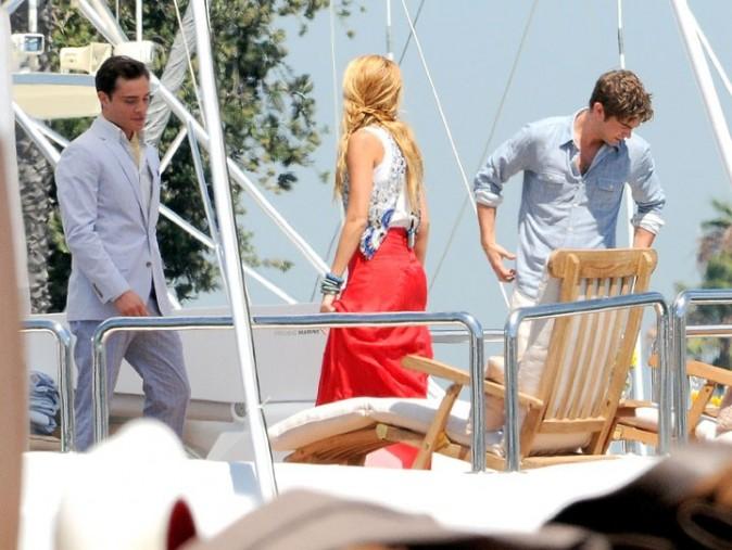 Blake Lively, Ed Westwick et Chace Crawford sur le tournage de Gossip Girl à Los Angeles, le 3 août 2011.