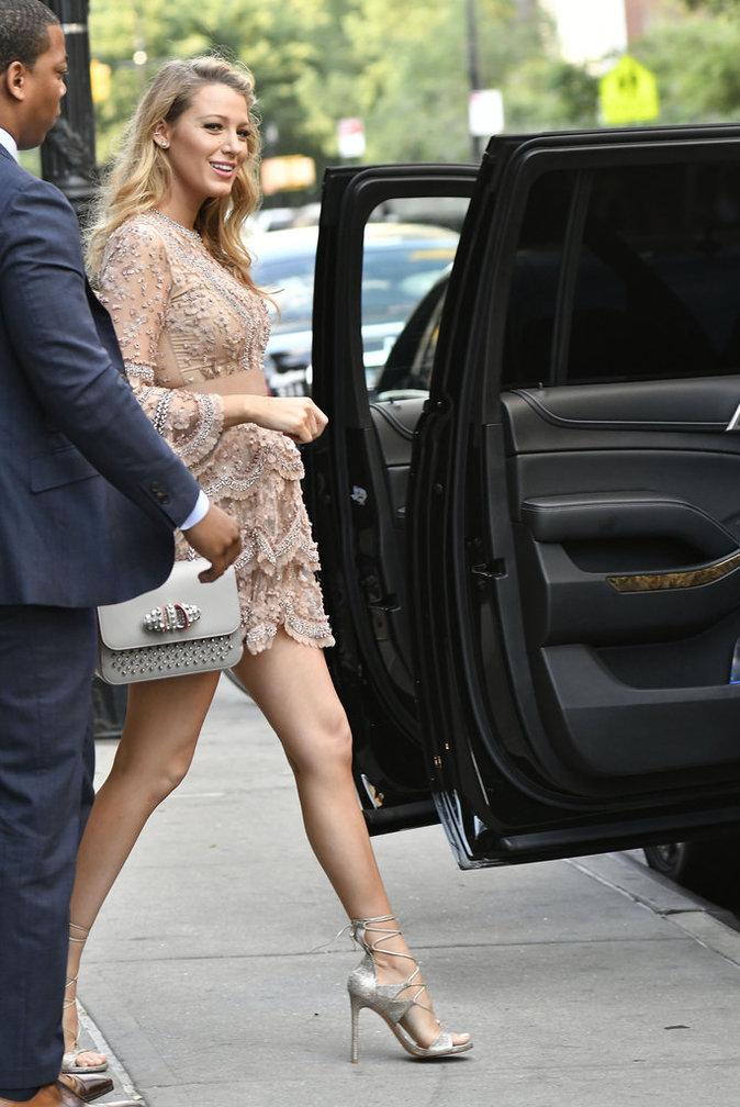 Photos : Blake Lively enceinte : beauté glamour, mais une silhouette qui perturbe...