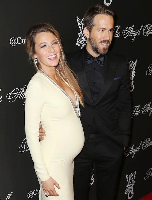 Photos : Blake Lively et Ryan Reynolds : premier tapis rouge en couple pour des futurs parents rayonnants !
