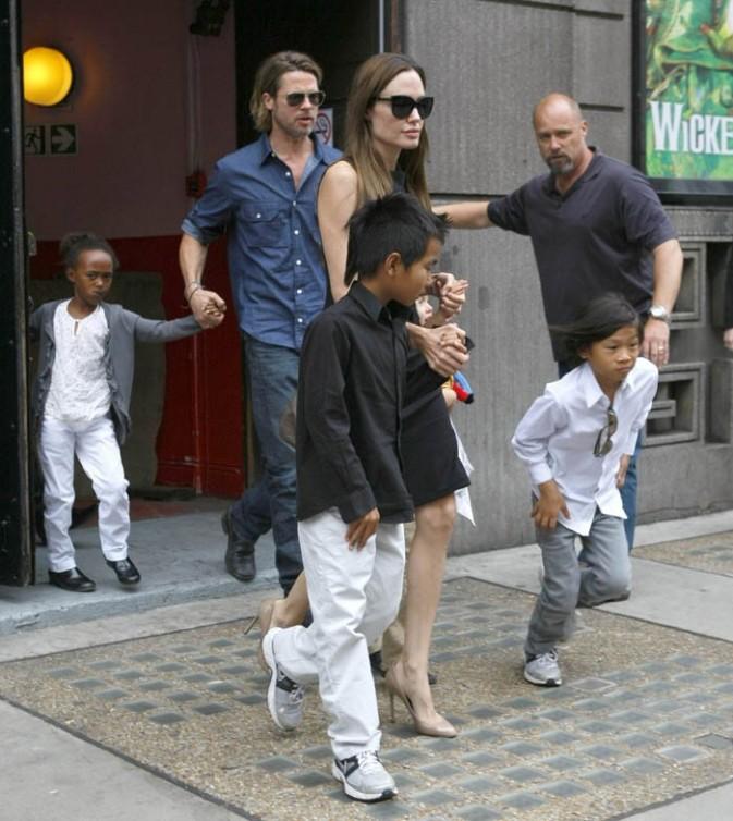 Brad Pitt et Angelina Jolie sont allés voir une pièce de théâtre à Londres !