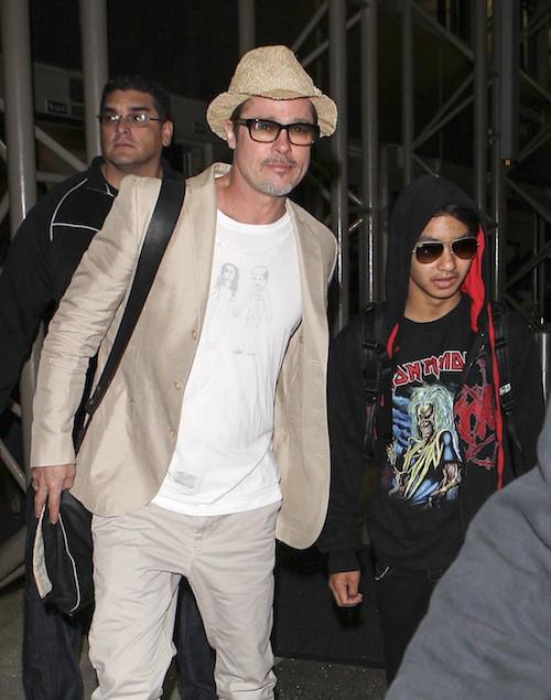 Photos : Brad Pitt et Angelina Jolie : un tee-shirt et une bague relancent les rumeurs de mariage !