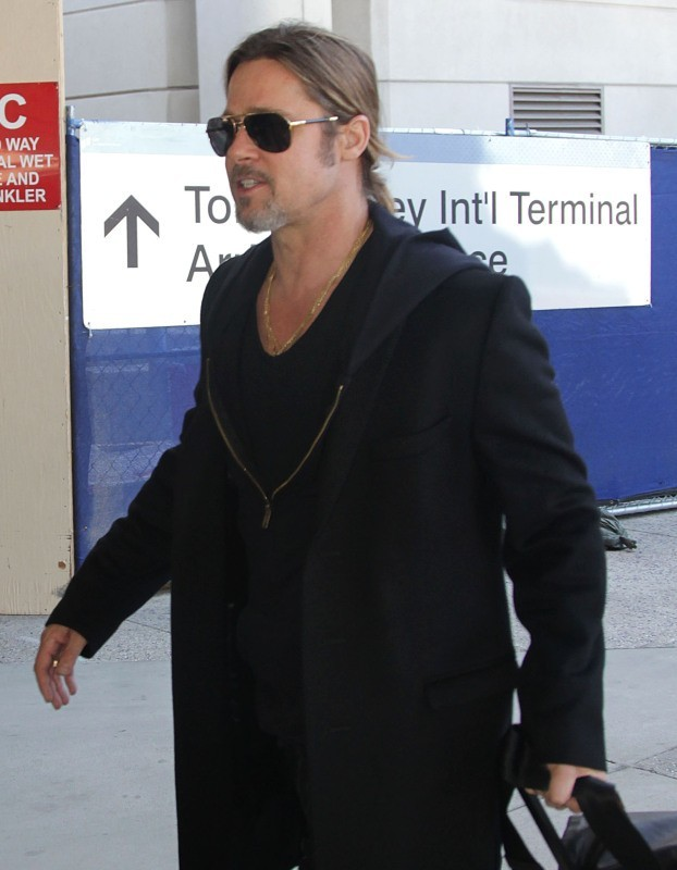 Brad Pitt de retour à Los Angeles après avoir acheté des meubles de luxe à Paris