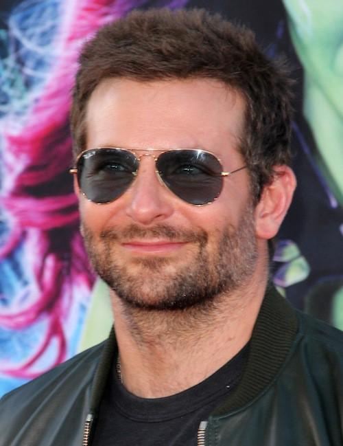 Photos : Bradley Cooper : rasé de près et méconnaissable !
