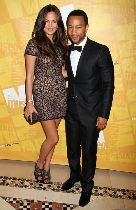 John Legend fiancé !