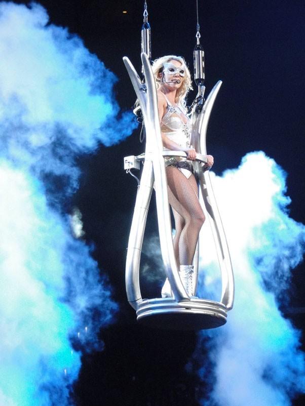 Britney Spears dans les airs ...