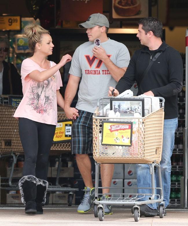 Britney Spears et David Lucado à Thousand Oaks le 4 avril 2013