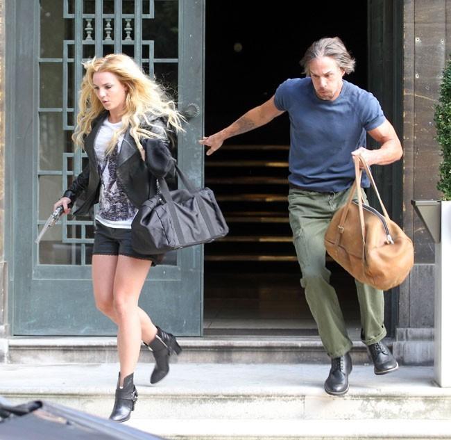 Complice sur le tournage de Criminal avec son chéri !