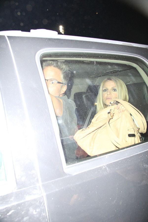 Britney Spears au départ du Jimmy Kimmel Live le 12 septembre 2012