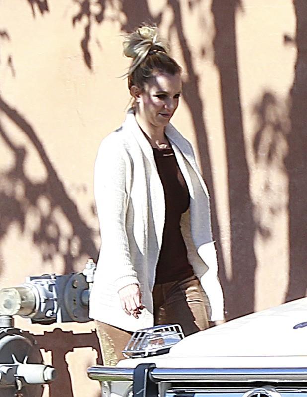 Britney Spears en famille à Thousand Oaks, le 27 décembre 2012.