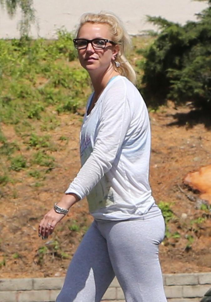 Britney Spears à la sortie d'un studio de danse, le 23 avril 2013 en Californie