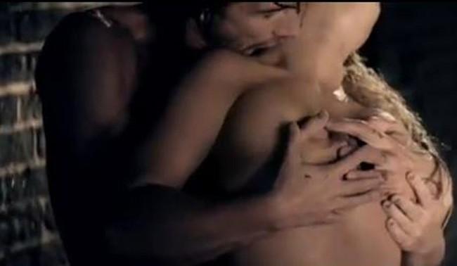 Sexuel le clip de Criminal !