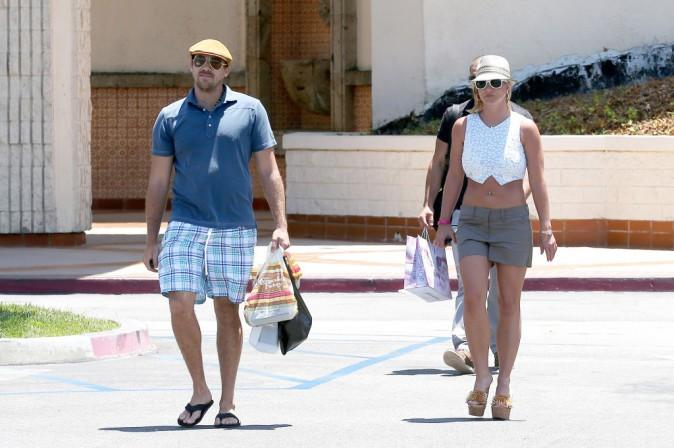 Photos : Britney Spears : ventre et gambettes à l'air pour une virée shopping avec David Lucado !