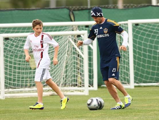 Brooklyn Beckham, bientôt un grand joueur ?