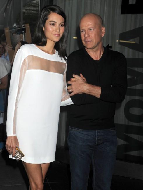 Bruce Willis et Emma Heming lors de la première de Red 2 à New York, le 16 juillet 2013.