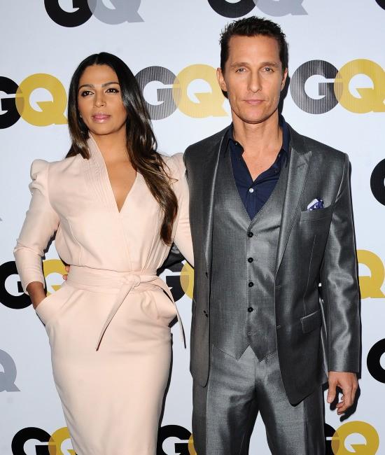 """Camila Alves et Matthew McConaughey lors de la soirée """"GQ Men of the Year"""" à Los Angeles, le 12 novembre 2013."""