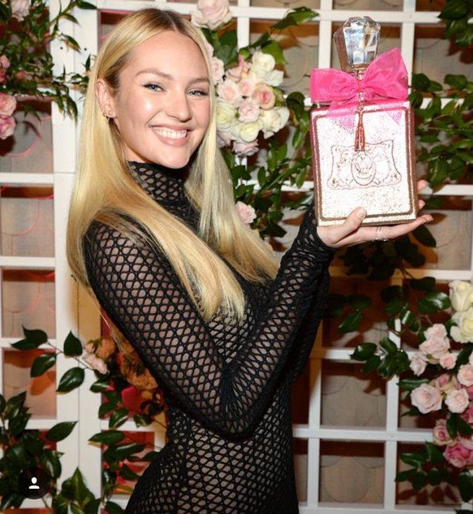 Photos : Candice Swanepoel girly romantique pour le nouveau parfum rosé de Juicy Couture!