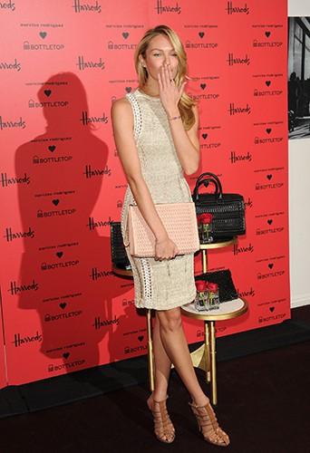 Candice Swanepoel à Londres le 14 février 2014