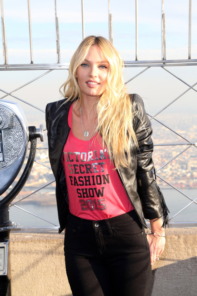 Photos : Candice Swanepoel : Rock'n'Roll pour visiter l'Empire State Building !