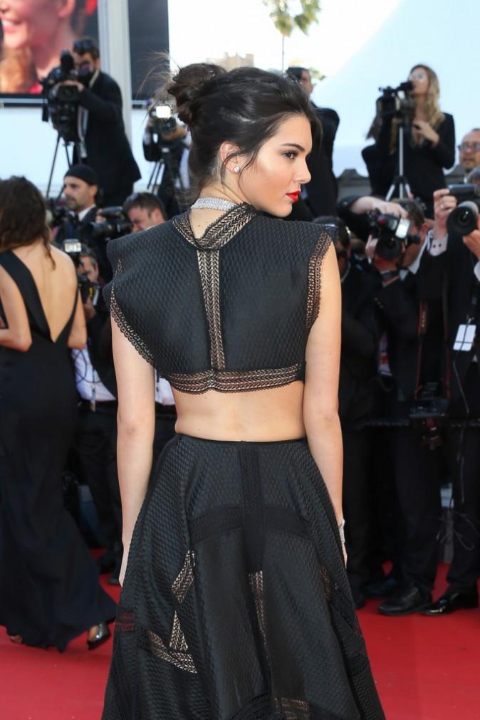 Photos : Cannes 2015 : Kendall Jenner et Izabel Goulart : deux bombes tout en transparence sur le redcarpet !