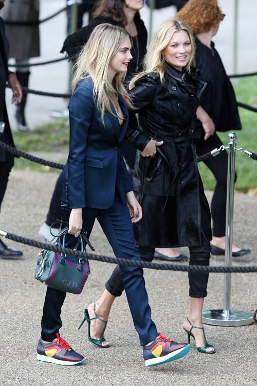 Cara Delevingne et Kate Moss à la Fashion Week de Londres le 15 septembre 2014