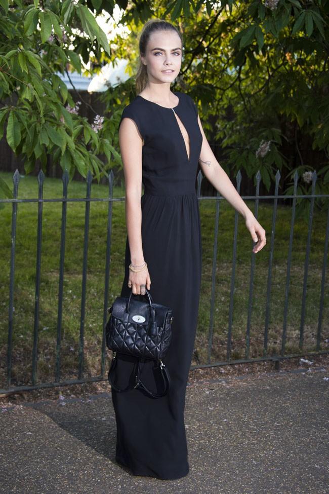 Cara Delevingne au Serpentine Gallery Summer, à Londres, le 1er juillet 2014