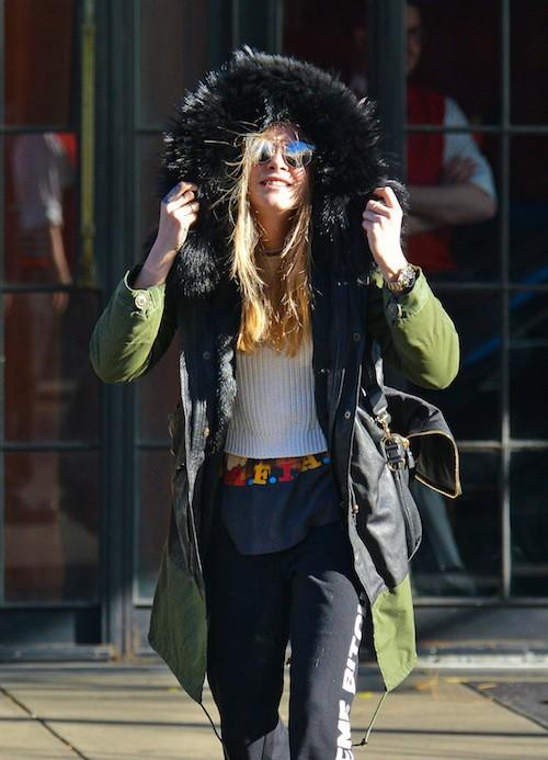 Photos : Cara Delevingne : un esquimau débraillé à New York !
