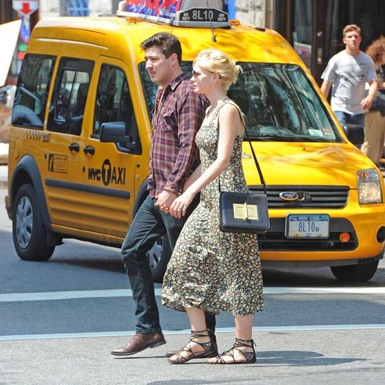Marcus Mumford et Carey Mulligan dans les rues de New-York le 2 août 2012