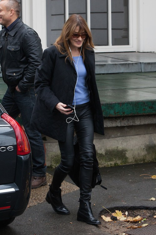 Photos : Carla Bruni : les affaires reprennent !