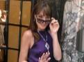 Photos : Carla Bruni : modèle sans-soutien gorge pour un shooting très dolce vita à Rome !