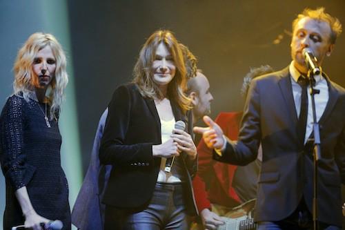 Sandrine Kiberlain, Carla Bruni et Pierre Souchon au gala pour la recherche sur Alzheimer