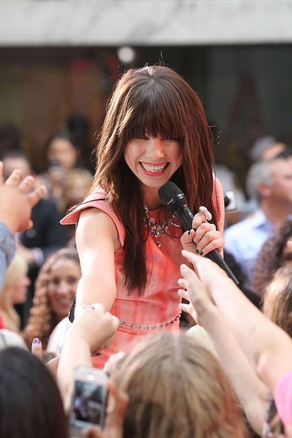 Carly Rae Jepsen au Today Show à new-York le 23 août 2012