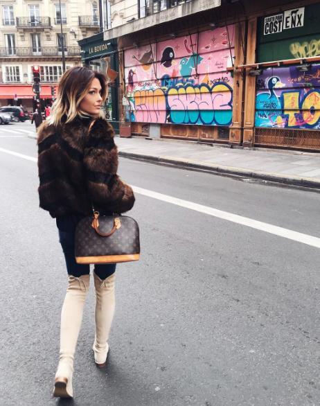 Caroline Receveur est aujourd'hui blogueuse mode