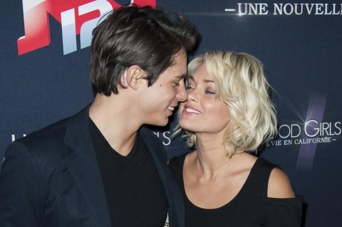 """Caroline Receveur et Valentin lors de la soirée """"Hollywood Girls 3"""" à Paris, le 12 décembre 2013."""