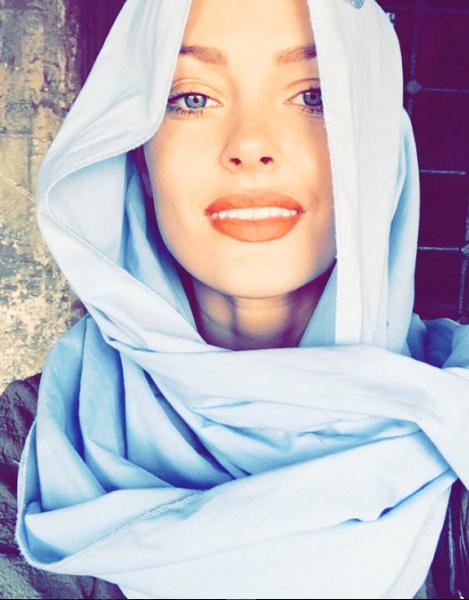 Photos : Caroline Receveur : voilée et sublime à Istanbul !