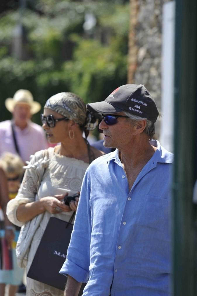 Bien camouflé, le couple peut profiter de Portofino !
