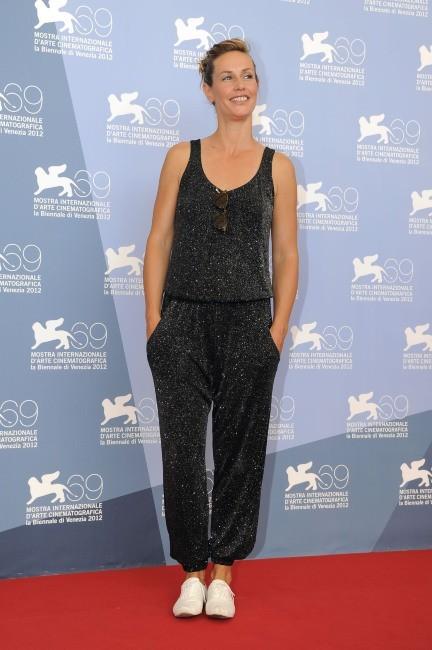 Cécile de France a choisi de faire le photocall en pyjama...