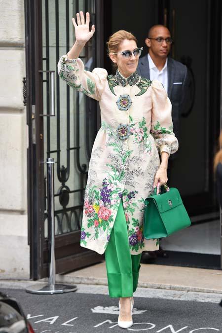 Céline Dion : à 49 ans, elle pose entièrement nue pour Vogue !