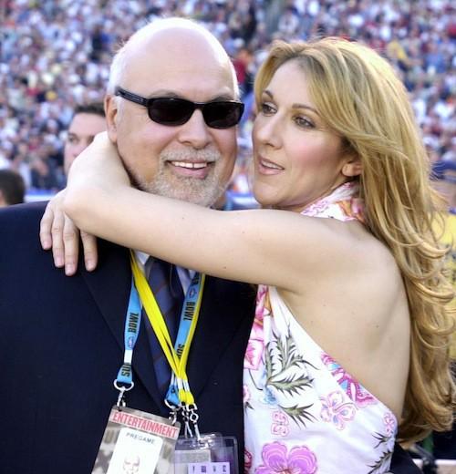 Céline Dion et René inséparables, pendant la finale du Superbowl 2003 où Céline chante