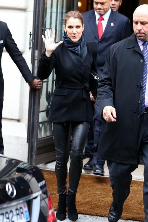 Photos : Celine Dion : gracieuse et pimpante, elle illumine Paris !