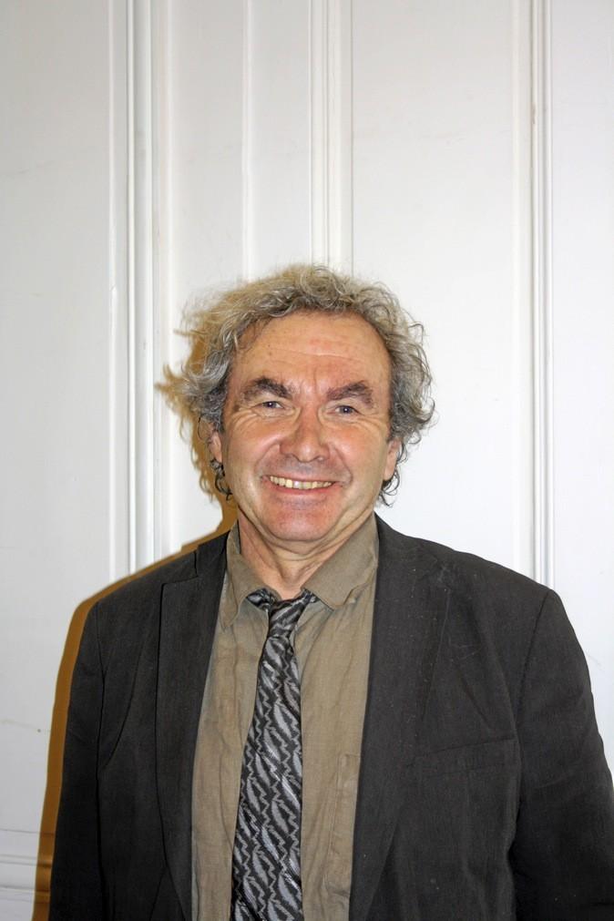 Le psy : Michel Frize sociologue au CNRS, spécialisé dans la famille et la jeunesse !