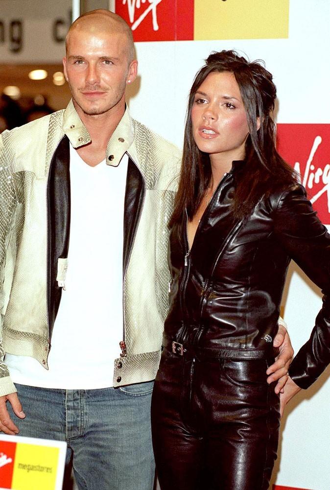 Victoria est en couple avec David Beckham