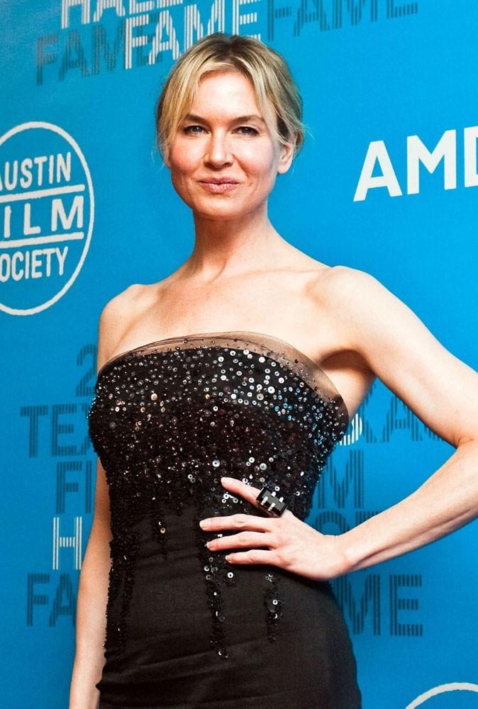 Photos : Renée Zellweger ne veut pas voir sa taille de guêpe déformée par une grossesse...