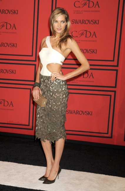 Jessica Hart lors de la soirée des CFDA Fashion Awards à New York, le 3 juin 2013.