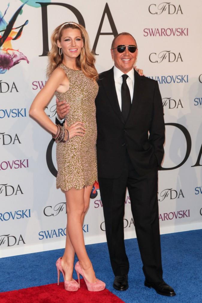 Photos : CFDA Fashion Awards : Blake Lively : James Bond Girl ou non, elle met (une fois de plus) tous ses atouts en valeur !