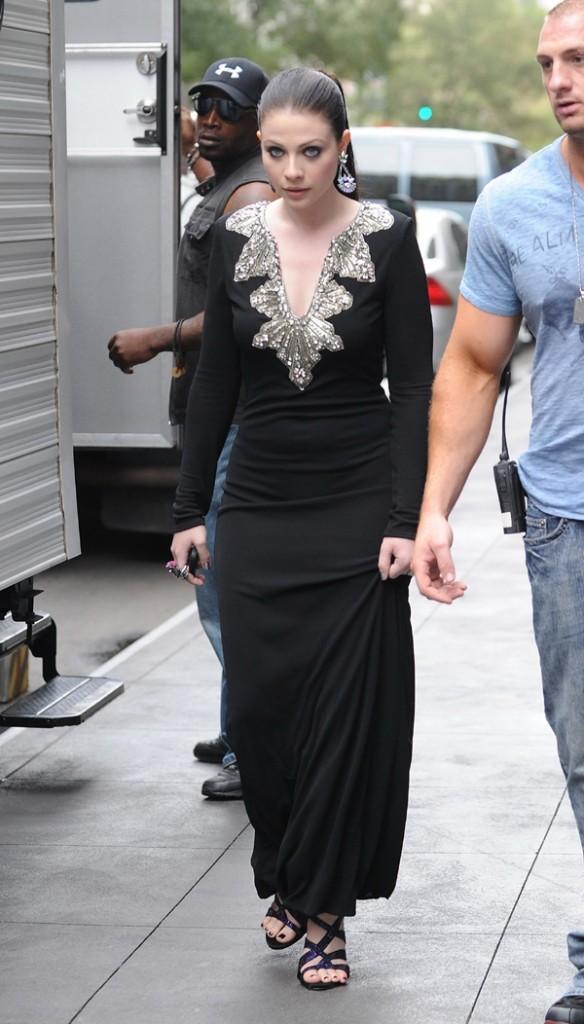 Michelle Trachtenberg sur le tournage de Gossip Girl à New-York le 21 août 2012