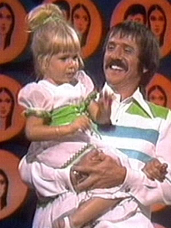 Chastity Bono avant avec son père Sonny