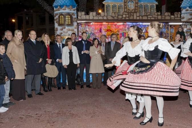 Une petite danse rien que pour Charlène et Albert !