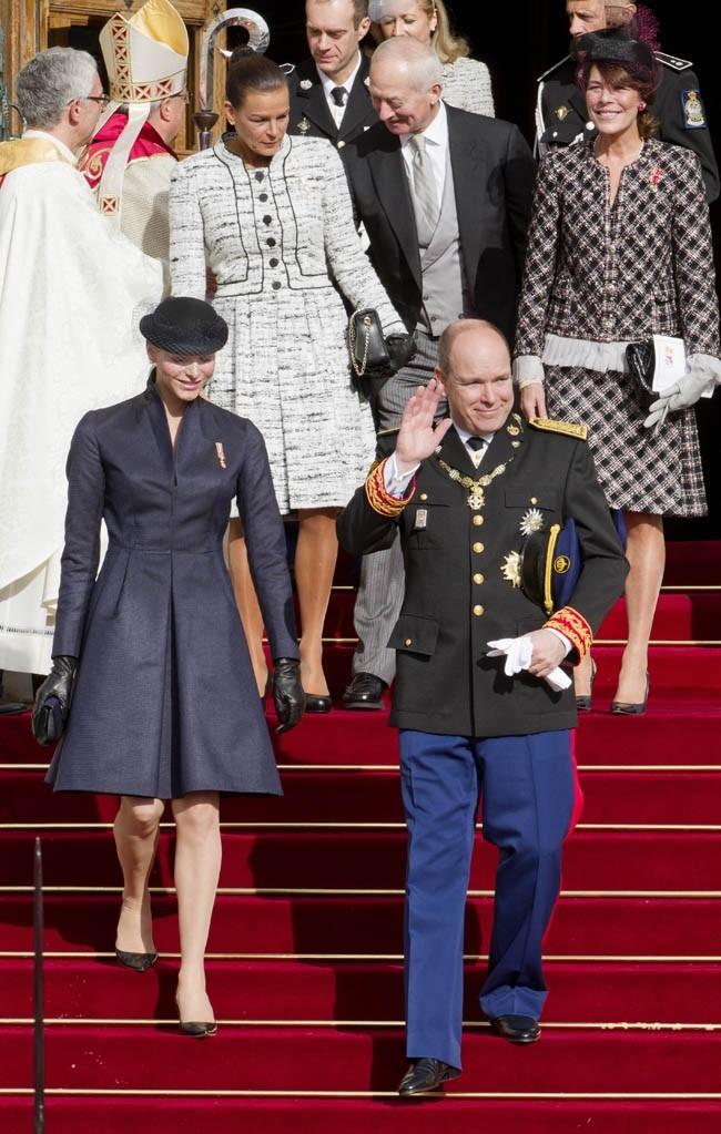 Charlene et Albert de Monaco célèbrent la fête nationale monégasque le 18 novembre 2012